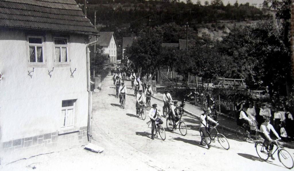 EschelbronnGlockenumzug1921